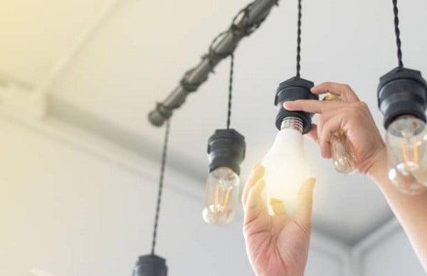 Dùng đèn compact cho các thiết kế nhà có tầng hầm